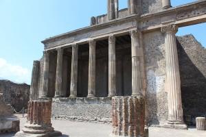 pompeii_gezi_yazisi